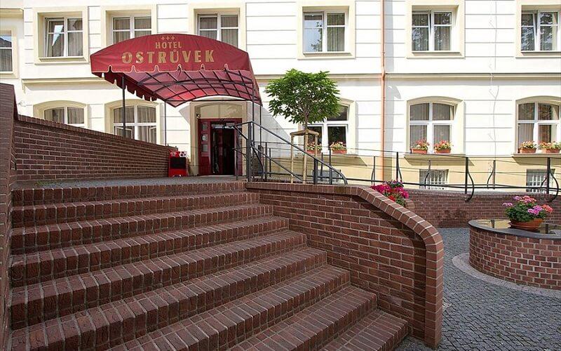 отель Ostruvek 3* в Праге