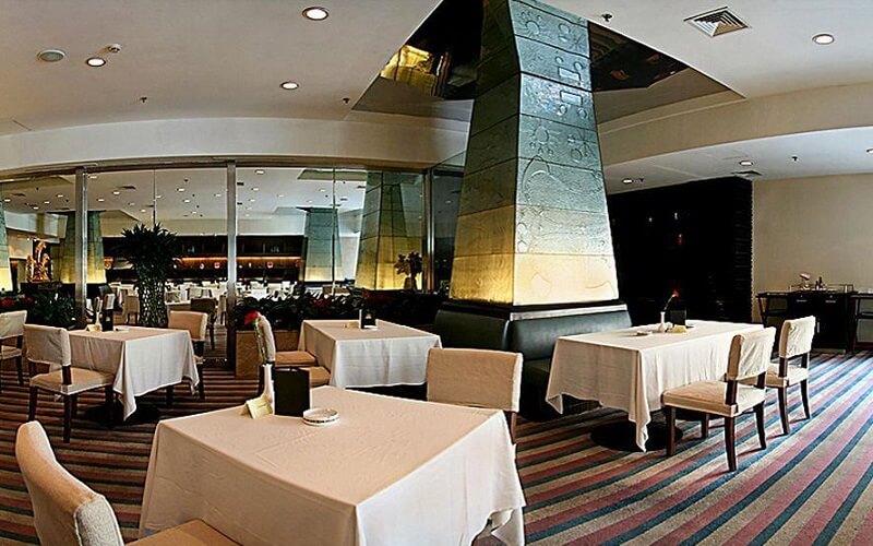 ресторан в Plaza Hotel Beijing 4*, Пекин, Китай