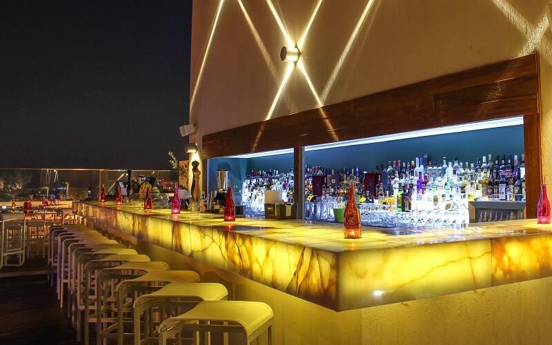 бар в отеле Regency Palace 5*, Амман, Иордания