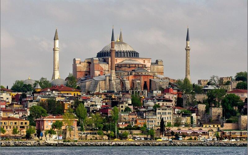 Акция на авиабилеты Запорожье - Стамбул