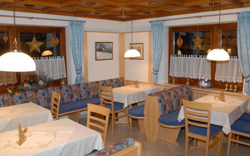 ресторан в готелі Hochwimmer-Chiste Pension 3*, Мета ам Зее, Австрія