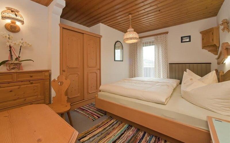 номер в отеле Laerchenheim 2*, Майрхофен, Австрия
