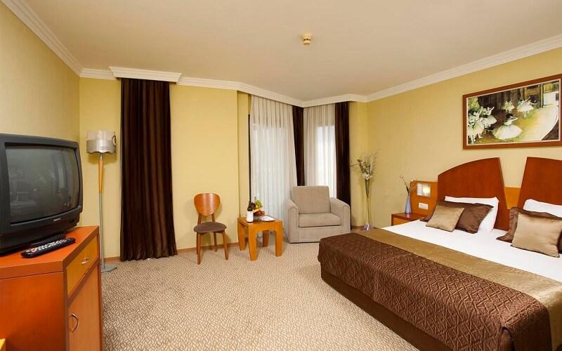 номер в Limak Limra Hotel & Resort 5*, Кемер, Турция