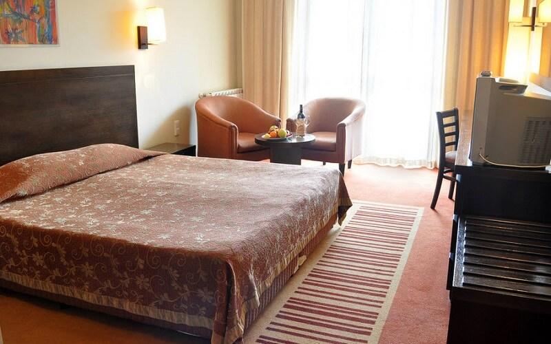 номер в готелі Орловець 5*, Болгарія, Пампорово