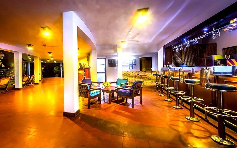 ресторан в Palm Village Hotel 3*, Коломбо, Шри-Ланка