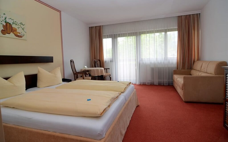 номер в отеле Kirchberg Parkhotel 3*, Кицбюэль, Австрия
