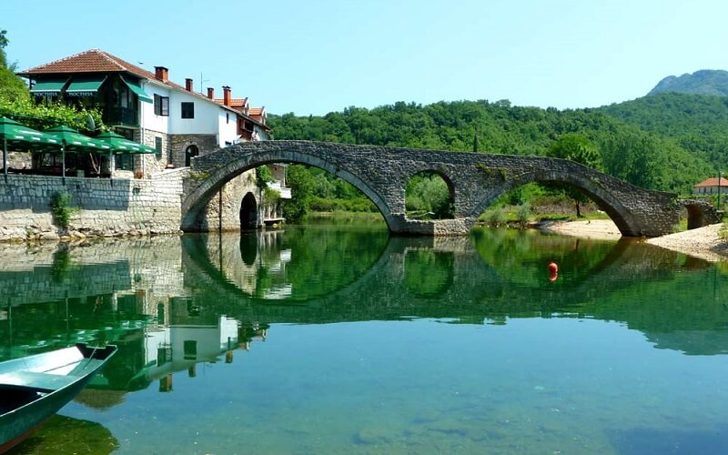 Скадарское озеро в Черногории