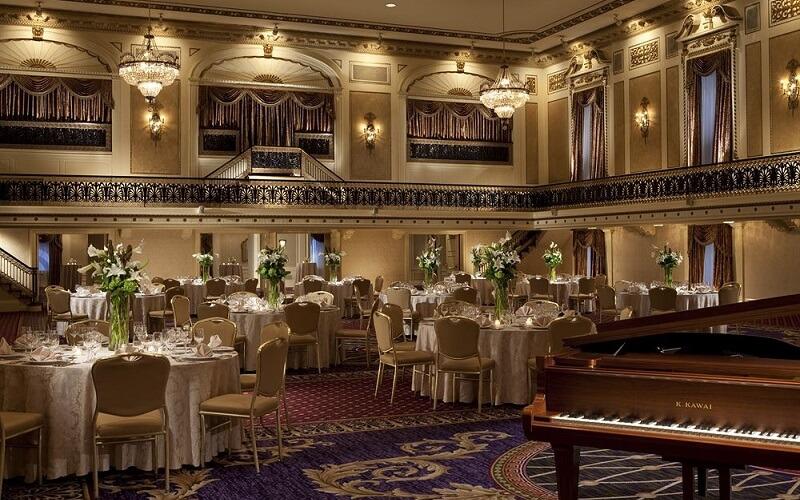 ресторан в Roosevelt Hotel 3*, Нью-Йорк (США)