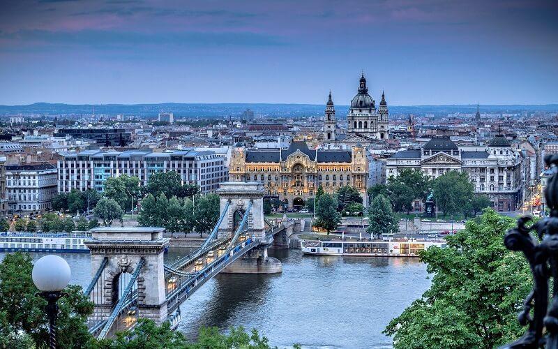 иммигрировать в Венгрию