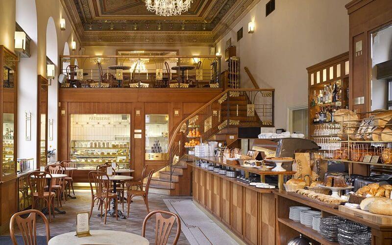 ресторанчик Café Savoy в Вене