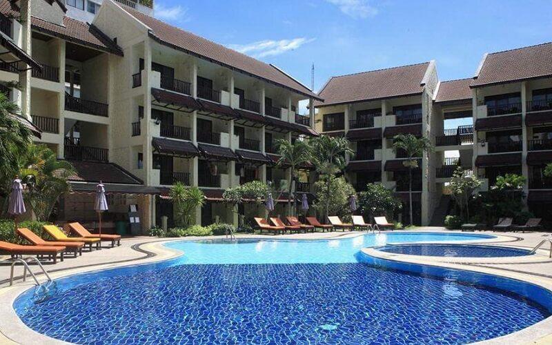 басейн в готелі Splendid Resort Jomtien 3*, Паттайя, Таїланд