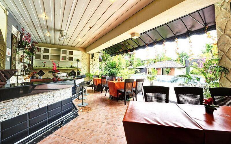 ресторан у готелі Splendid Resort Jomtien 3*, Паттайя, Таїланд