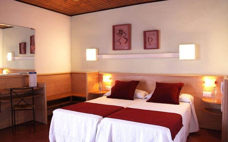 номер в Xaine Park Hotel 3*, Коста Брава, Испания