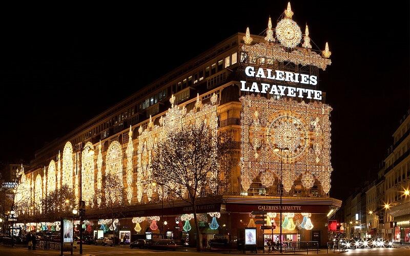 ёлка в универмаге Galeries Lafayette, Париж