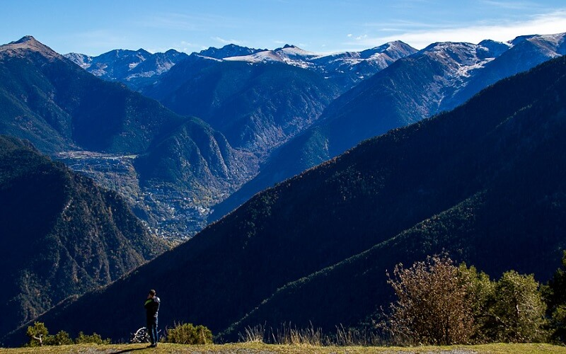 горный массив в Андорре