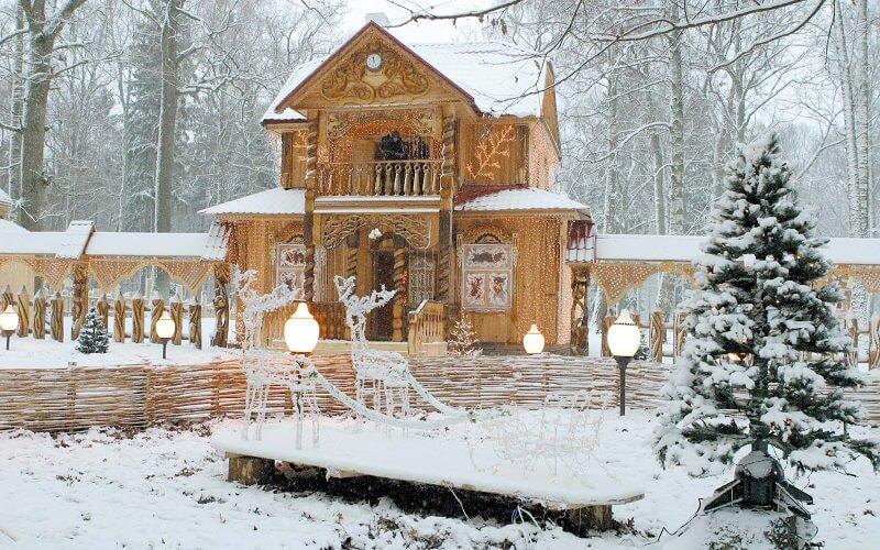 резиденція Діда Мороза в Біловезькій пущі