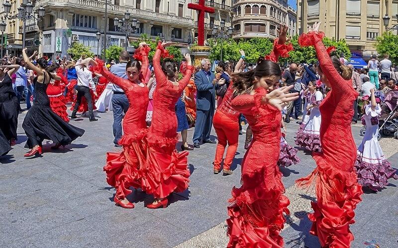 народные гулянья в Испании