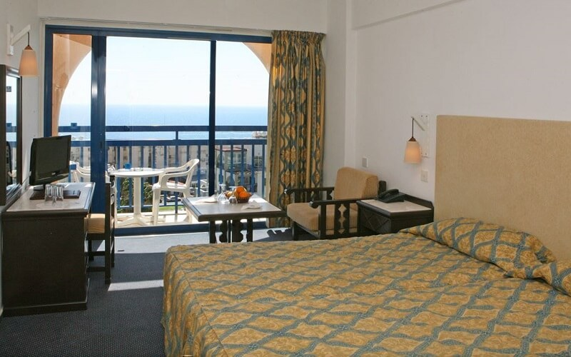 номер в Navarria Hotel 3*, Лимассол, Кипр