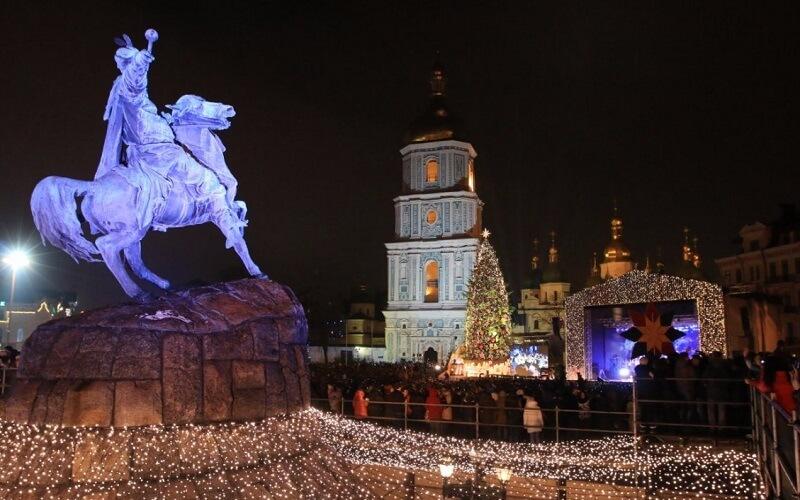 центральная ёлка в Киеве