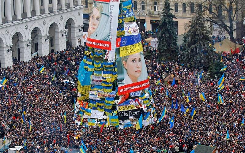 ёлка на Майдане 2013 год