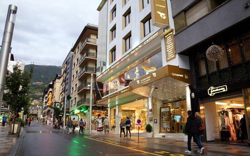 шоппинг в Андорре