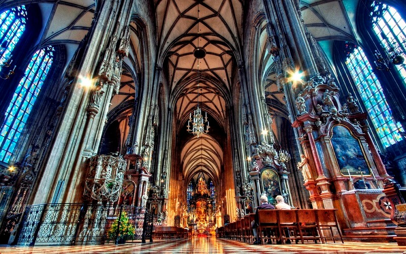 внутри Собора Святого Стефана, Вена, Австрия