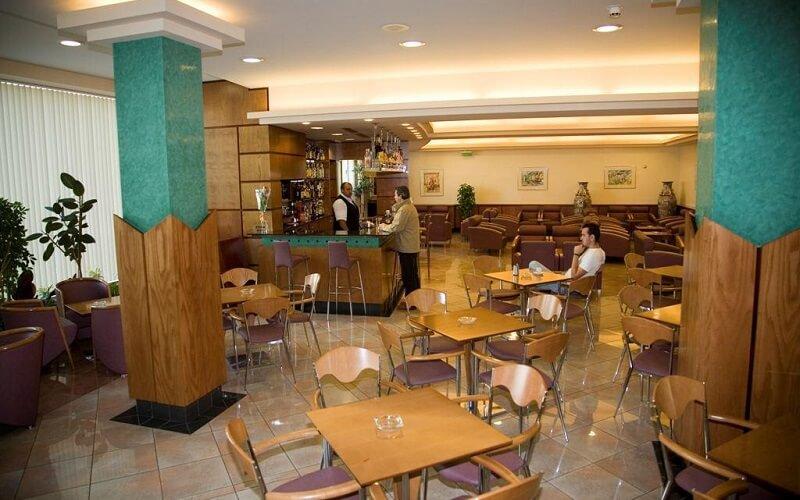 лобби в Espel Hotel 3*, Эскальдес – Энгордани, Андорра