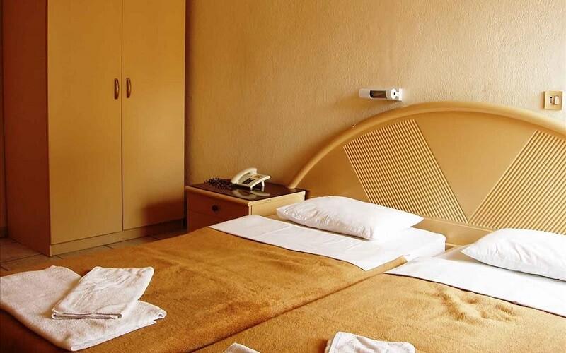 номер в отеле Lito 2*, Паралия, Греция