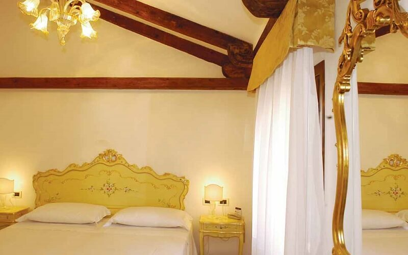 номер в Malibran Hotel 3*, Венеция, Италия