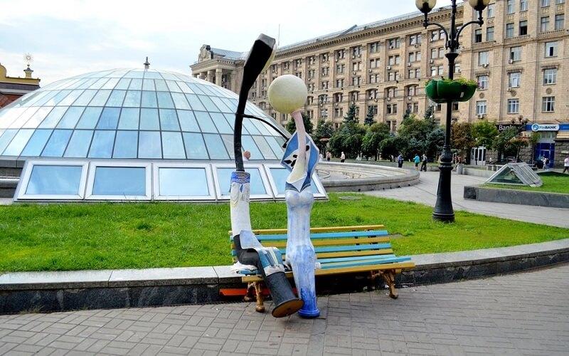 Закохані ліхтарі в Києві