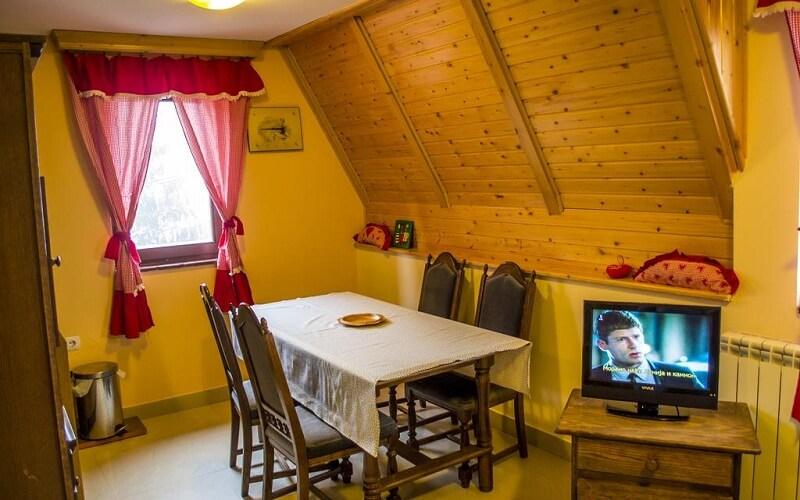 горящий тур в отель Milica 3*, Петровац, Черногория