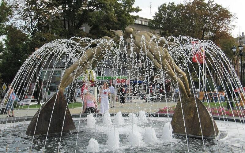 Харьковский Памятник влюблённым