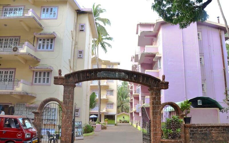 территория отеля Jarrs Renton Manor 2*, Северный Гоа, Индия
