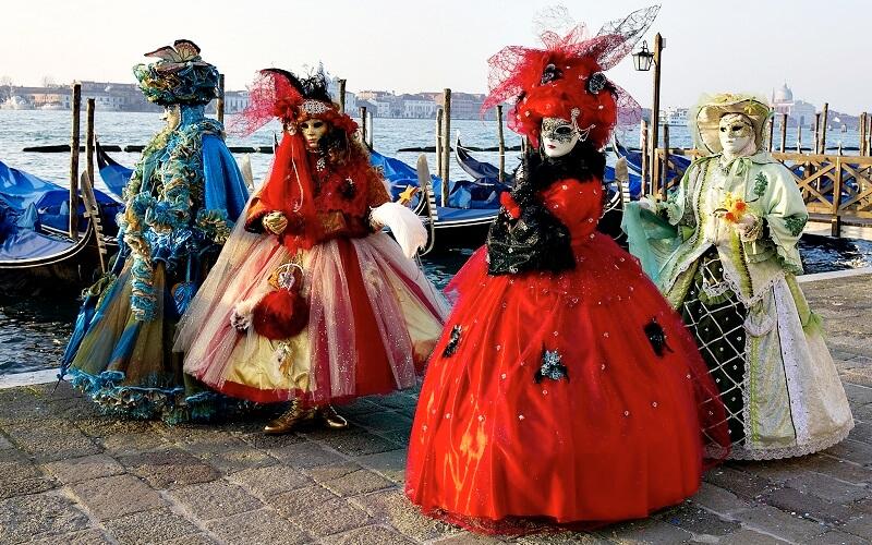 традиції Венеціанського карнавалу