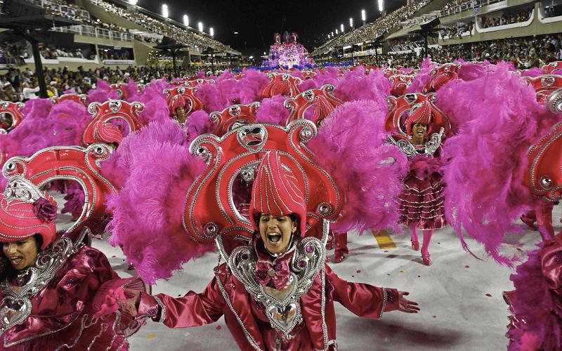наряди на карнавалі