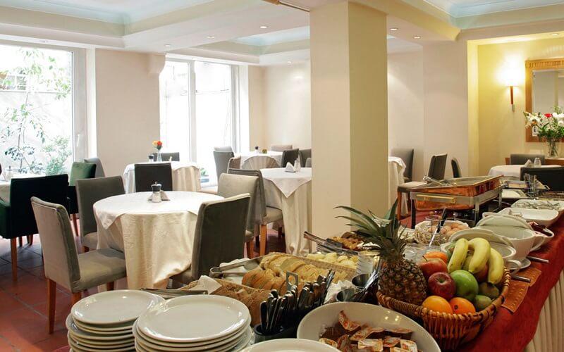ресторан в отеле Pella 2*, Греция, Салоники