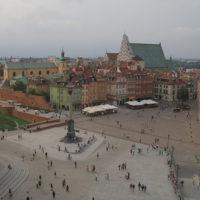 LOT має намір літати у Львів і Одесу частіше