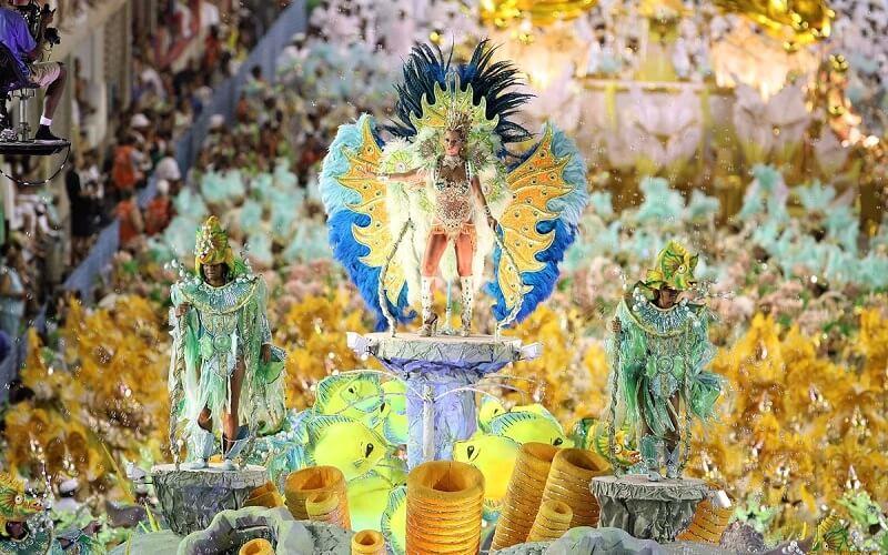 масштабність карнавалу в Ріо