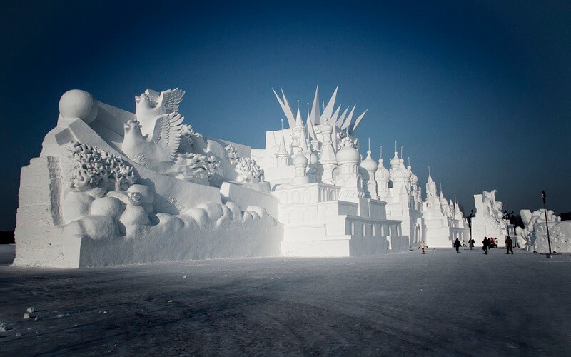 скульптуры на Харбинском фестивале в Китае