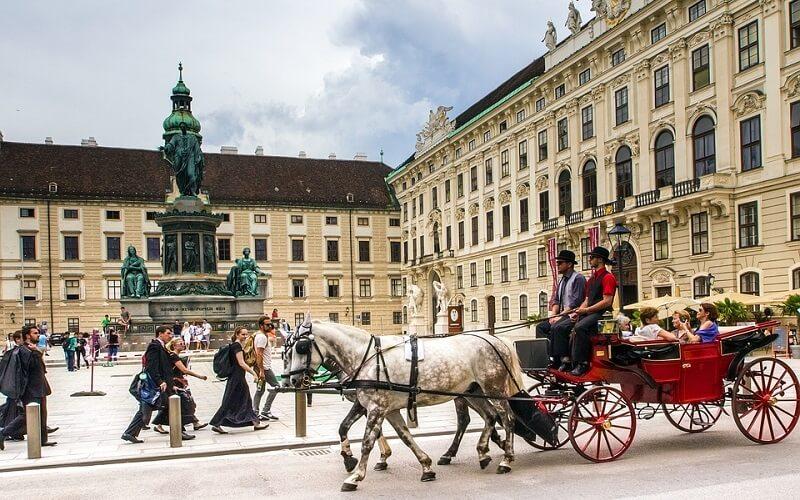 экскурсия по Дворцу Шенбрунн