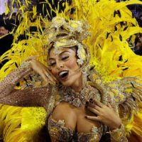 Бразилия зажигает: легендарный карнавал в Рио-де-Жанейро