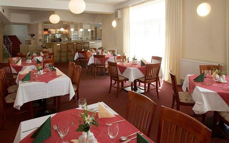 ресторан в отеле Populus 3*, Прага, Чехия