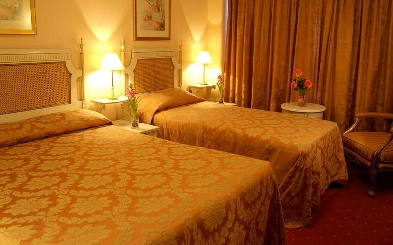 номер в готелі Eduardo VII 3*, Лісабон, Португалія