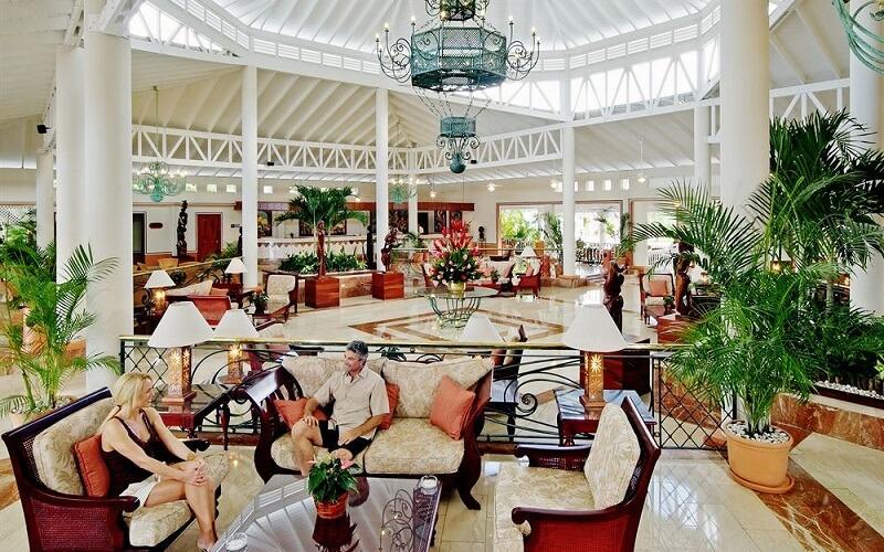лобби в отеле Grand Bahia Principe San Juan 5*, Пуэрто Плата, Доминикана