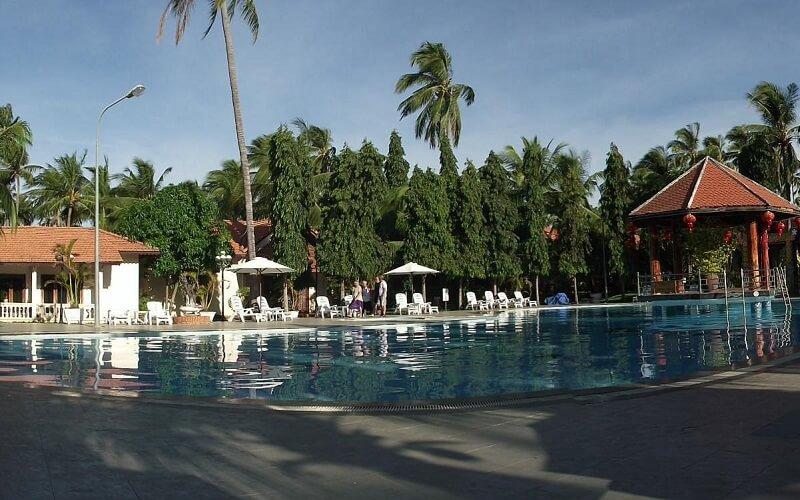 бассейн в отеле Hai Au Resort 3*, Фентьет, Вьетнам