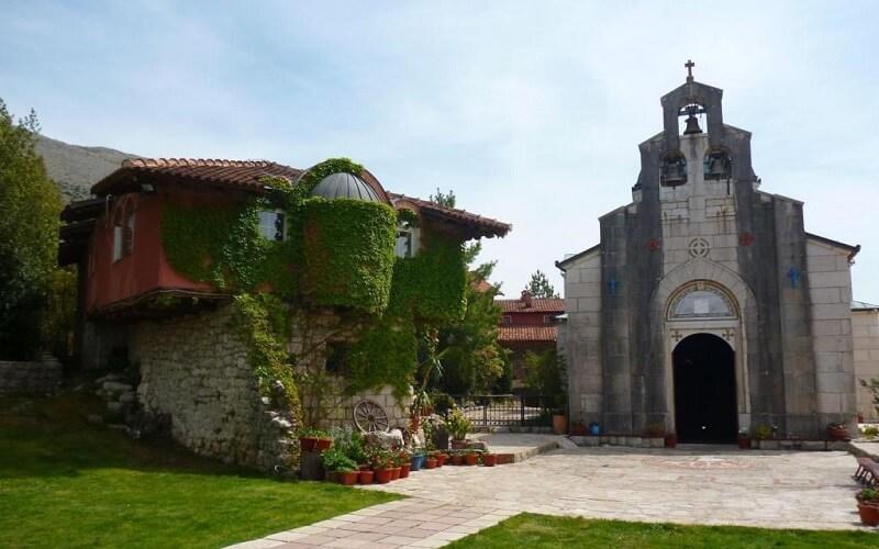 Монастырь Озрен