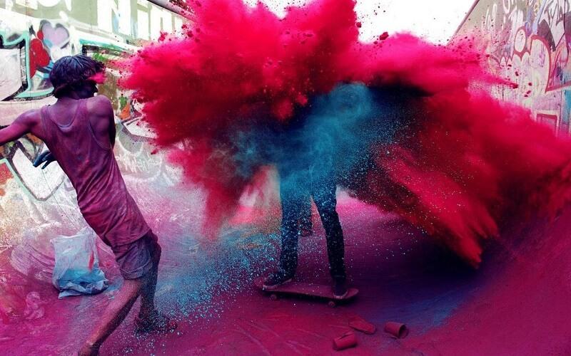 красочный праздник