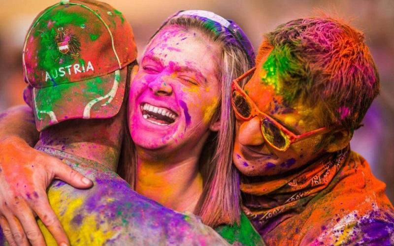 фестиваль красок Холи в Украине