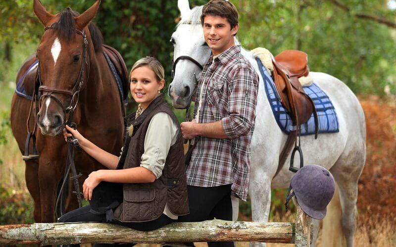 прогулянка на конях