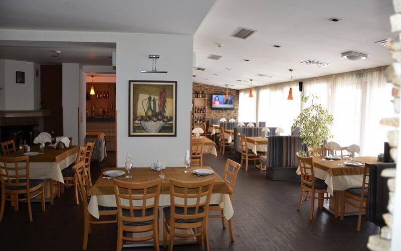 ресторан в отеле Олимп 3*, Банско, Болгария